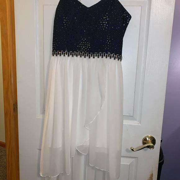 Dresses & Skirts - Fancy dress size 15